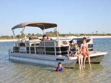 family-enjoying-pontoon-rental